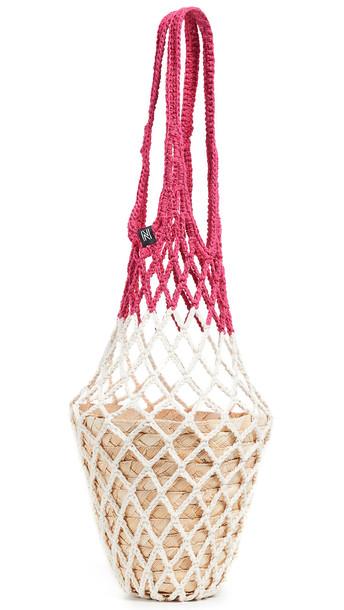 Nannacay Kauai Fishnet Tote in pink / white