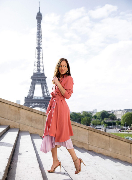 sydne summer's fashion reviews & style tips blogger coat top skirt jewels bag shoes