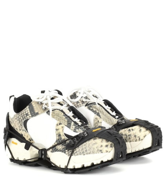 1017 ALYX 9SM Low Hiking Boot sneakers in beige