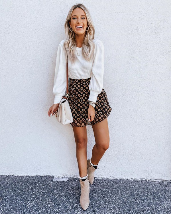 skirt mini skirt floral skirt ankle boots white sweater white bag