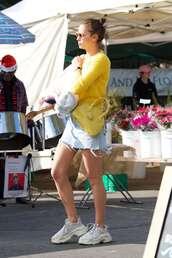 sweater,denim,skirt,denim skirt,irina shayk,fall outfits,streetstyle