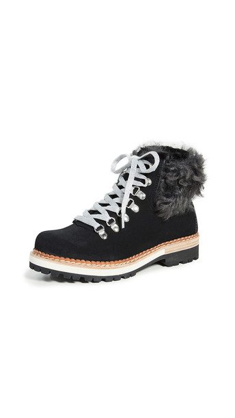 Montelliana Clara Boots in black