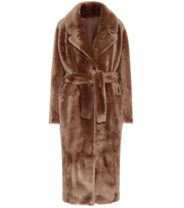 Common Leisure Love shearling coat in brown
