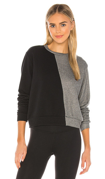 STRUT-THIS Allure Sweatshirt in Black