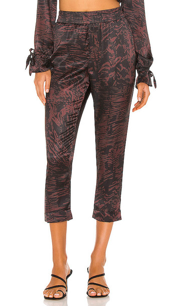 BEACH RIOT Avery Pant in Brown