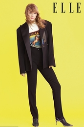 top,t-shirt,taylor swift,celebrity,editorial,blazer,spring outfits