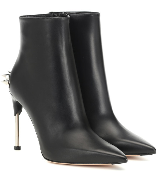 Alexander McQueen Embellished leather ankle boots in black