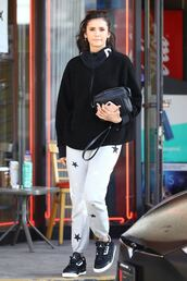 pants,sweatpants,nina dobrev,casual,streetstyle