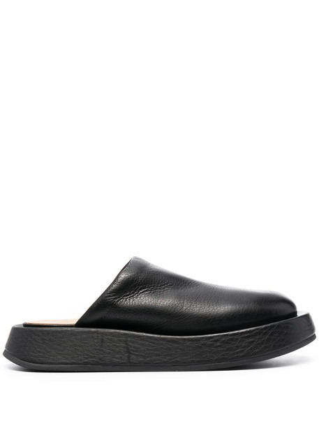 Marsèll leather slippers in black