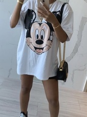 shirt,mickey mouse,mickey mouse face,oversized