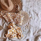 swimwear,floral bikini