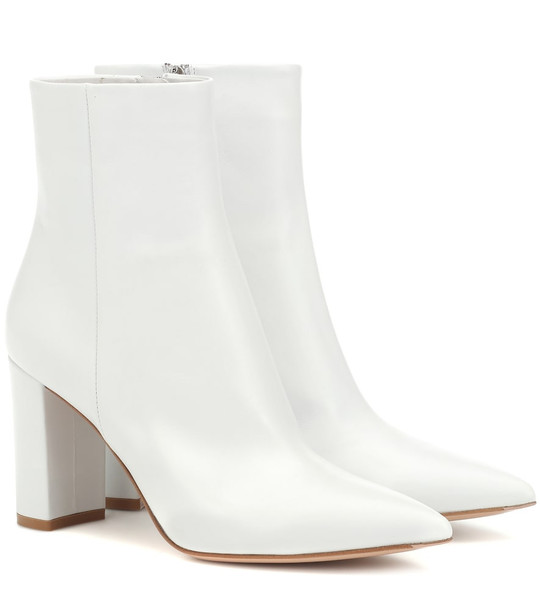 Gianvito Rossi Piper 85 leather ankle boots in white