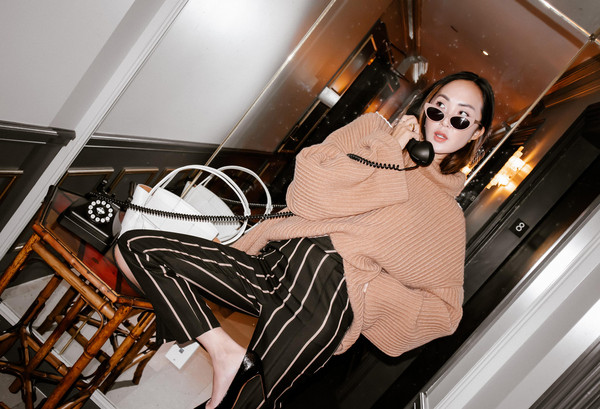 the chriselle factor blogger sweater pants shoes top bag