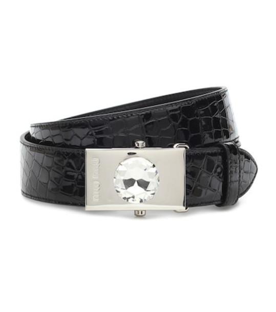 Miu Miu Croc-effect patent leather belt in black