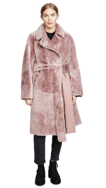 No. 21 Shearling Trench in pink
