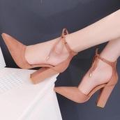 shoes,black or beige colors