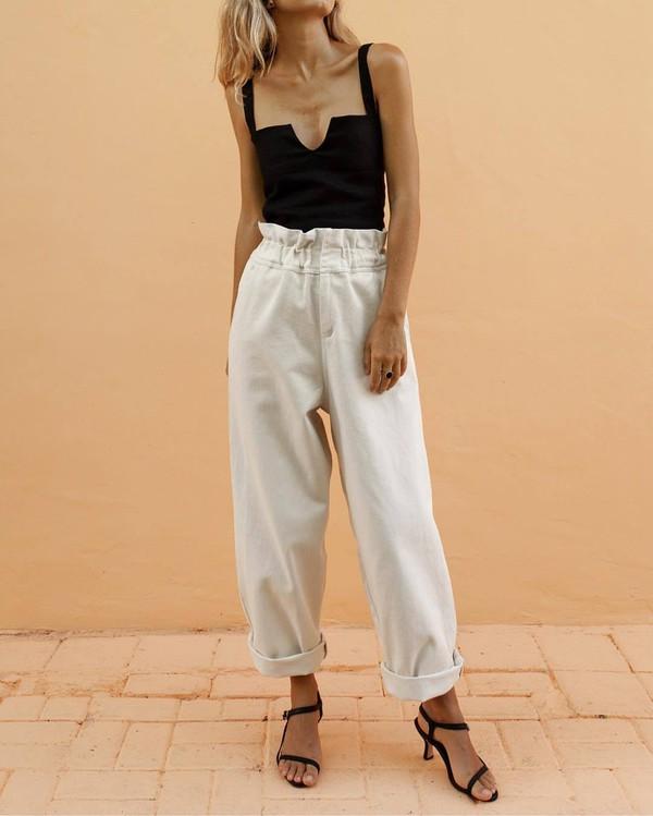 top black top pants white pants