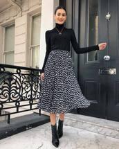 skirt,midi skirt,black skinny jeans,floral skirt,high waisted skirt,black boots,ankle boots,patent boots,black turtleneck top
