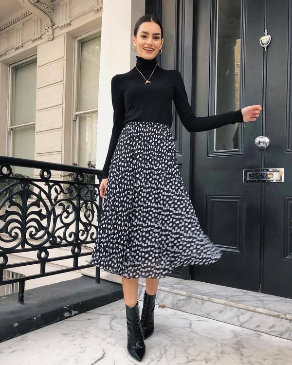 skirt midi skirt black skinny jeans floral skirt high waisted skirt black boots ankle boots patent boots black turtleneck top