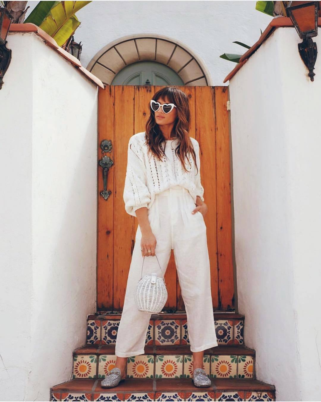 pants white pants sweater white sweater cable knit high waisted pants white bag mules sunglasses