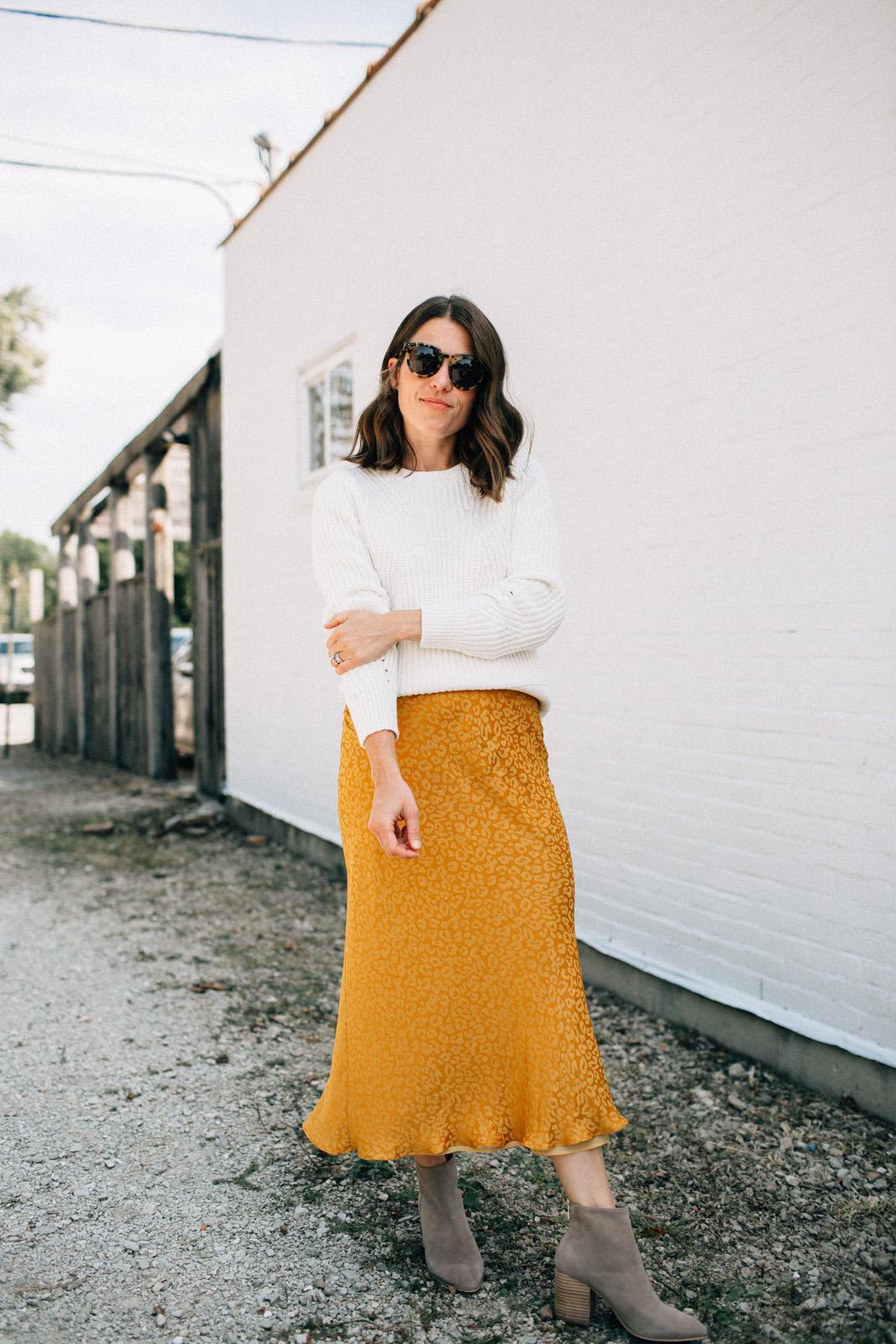 sequins and stripes blogger skirt sweater shirt shoes sunglasses