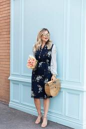 suburban faux-pas,blogger,dress,shoes,bag,jewels,spring outfits,cult gaia bag,blue dress