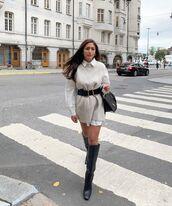shoes,black boots,knee high boots,white shirt,vest,black bag