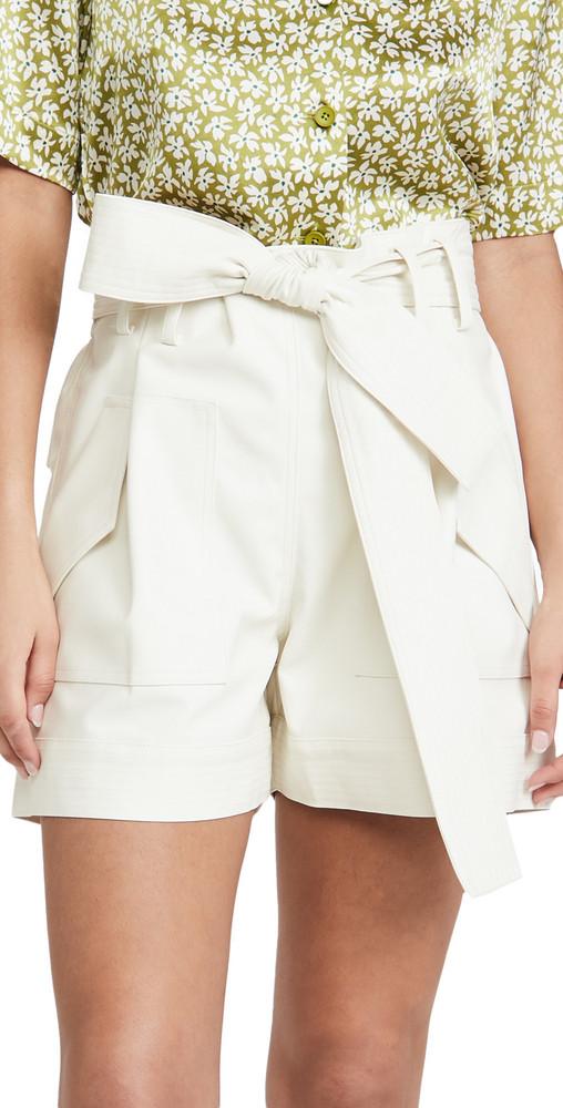 AMUR Lisette Shorts in white