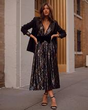 jacket,rocky barnes,instagram,pleated,blazer,black blazer,blogger,blogger style,dress,midi dress,metallic