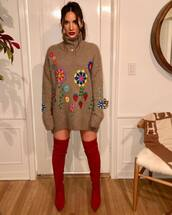 shoes,over the knee boots,red boots,sweater,sweater dress,olivia munn,celebrity