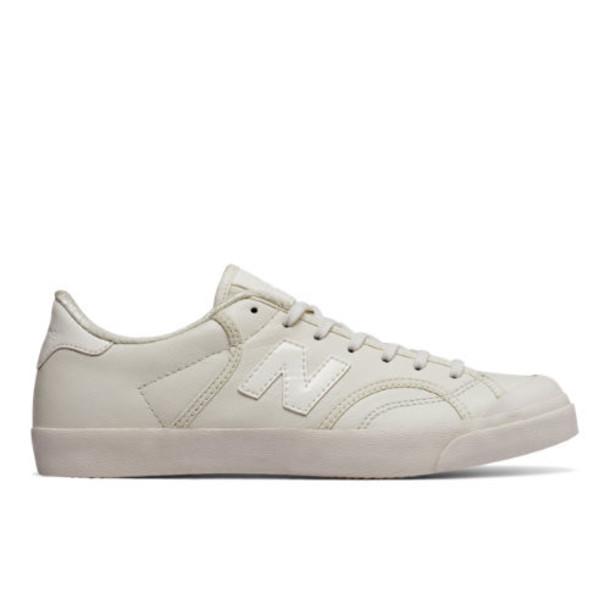 New Balance ProCourt Women's Court Classics Shoes - Off White (WLPROLEA)