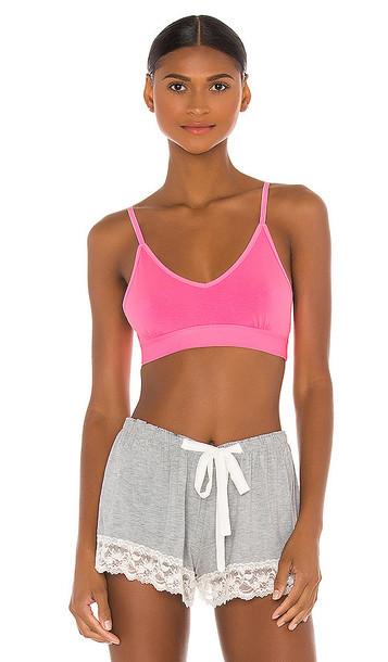 Stripe & Stare T Shirt Bra in Pink