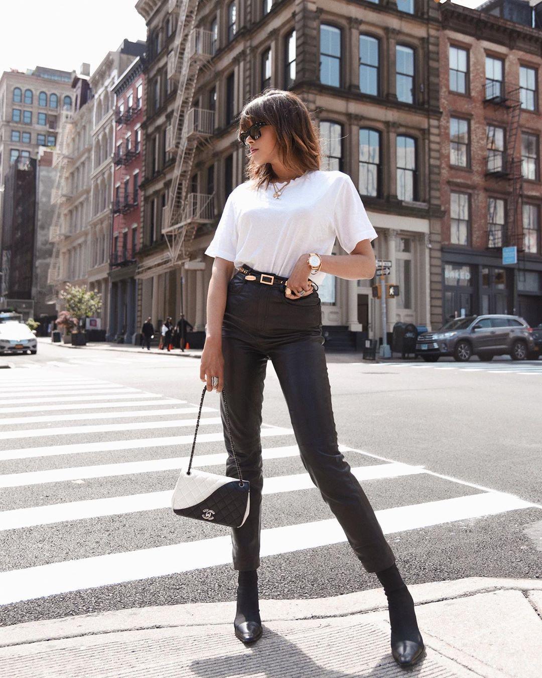 pants black pants black leather pants skinny pants black boots chanel bag white t-shirt