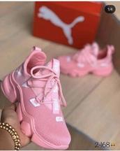 shoes,puma,pink,puma sneakers,low top,black,sneakers