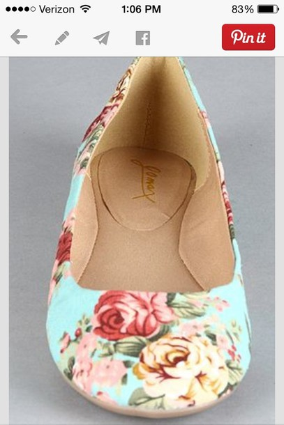 shoes floral floral shoes so cute!!! perfection love summer summer outfits