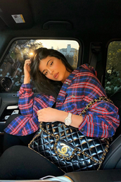 top,plaid,shirt,plaid shirt,kylie jenner,kardashians,celebrity,instagram