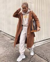 sweater,hoodie,joggers,white sneakers,sportswear,brown coat,long coat,louis vuitton bag