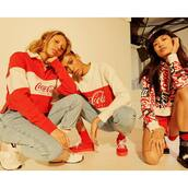 sweater,white sweater,coca cola,coca cola shirt
