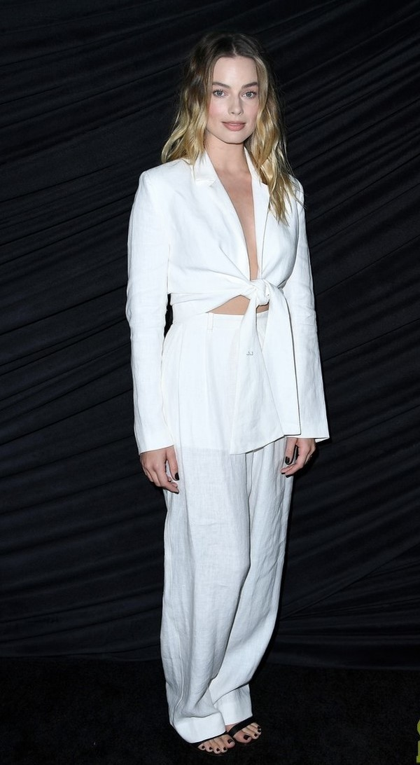 top suit pants white all white everything sandals celebrity margot robbie