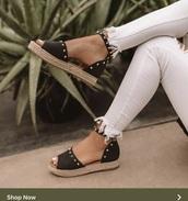 shoes,sandals studs