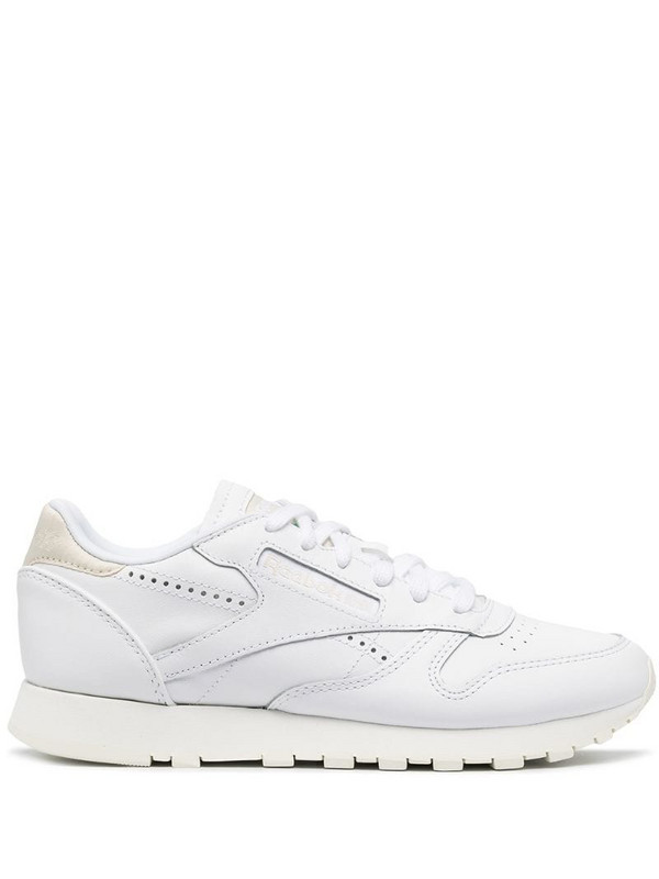 Reebok Classic low-top sneakers in white