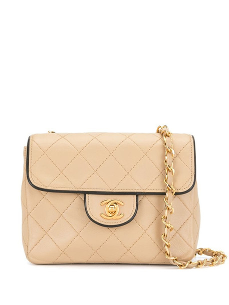 Chanel Pre-Owned 1990 diamond-quilted crossbody bag in neutrals