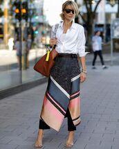 skirt,asymmetrical skirt,midi skirt,wrap skirt,sandal heels,white shirt,brown bag