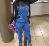 jumpsuit,jeans,blue jeans,black straps,overalls