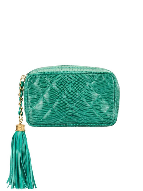 Chanel Pre-Owned quilted cosmetic pouch in green