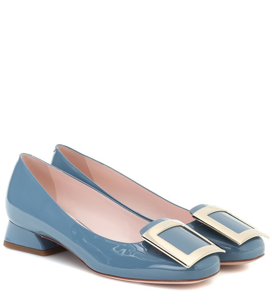 Roger Vivier Très Vivier patent leather pumps in blue