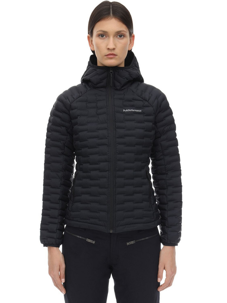 PEAK PERFORMANCE W Argon Light Hooded Jacket in black