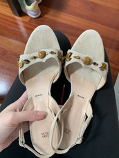 shoes,vera wang,wood heel,beige,heels,linen