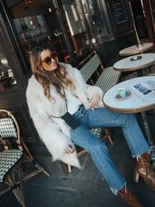 b a r t a b a c,blogger,coat,sweater,jeans,shoes,bag,faux fur jacket,fuzzy coat,winter outfits