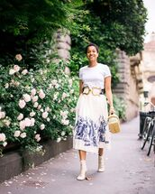 shoes,lace up boots,midi skirt,white skirt,white t-shirt,woven bag